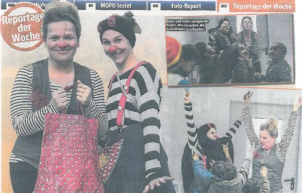 Clowns-Spektakel im Flüchtlingslager