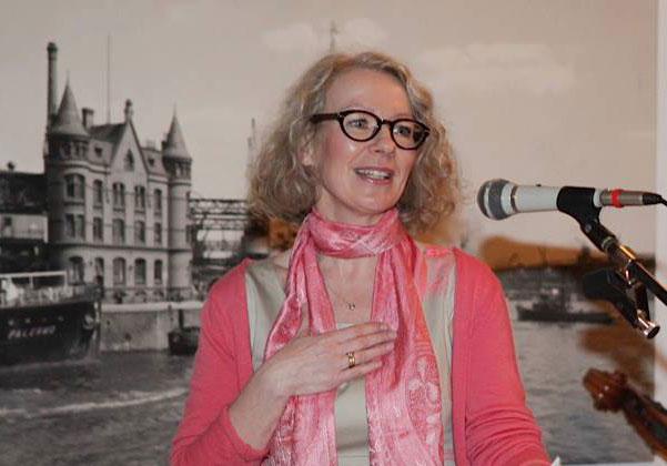 Kathrin Schnelle, 1. Vorsitzende